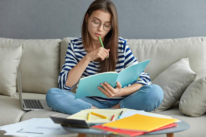 Estudos em Casa