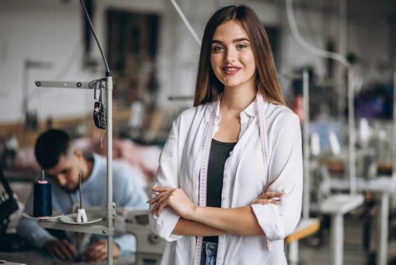 Guia Profissional: Costureira - O que faz, quanto ganha e muito mais